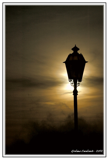 lampione-controluce-jpeg